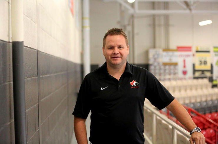 Patrice Bosch aime ce qu'il voit sur la patinoire depuis le début du camp d'entraînement des Inouk. (