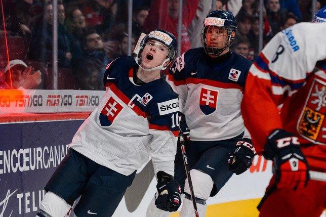 Martin Reway a défendu les couleurs de la Slovaquie lors du plus récent Championnat mondial de hockey junior. (Photo Getty)
