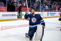 Connor Hellebuyck (Photo Getty)