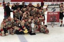 Les Éclairs PEE WEE BB | Champions à Ottawa ✨