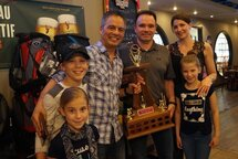 Trophée Dean Stock