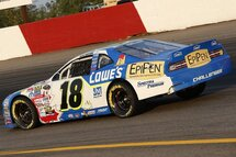 Alex Tagliani concluded his Canadian western swing on a positive note with a fourth place finish in the Luxxur 300, round 8 of the 2017 NASCAR Pinty's Series season held Saturday evening on the one quarter-mile Edmonton International Raceway.