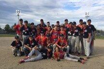 Les finalistes et champions au PeeWee B : Les Cubs et les Rangers de Laval-Nord