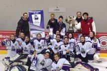 Intrépides de Laval atome A championnes du 18e tournoi de hockey féminin de Laval