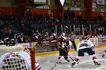 Les Cantonniers ont inscrit leurs deux buts en deuxième période pour vaincre Laval - Montréal 2-1, dimanche. (Photo : Jérémy Robert, Les Cantonniers de Magog)