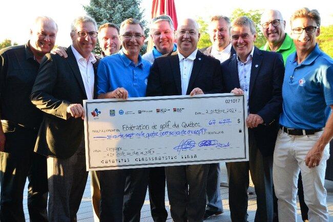 67 477 $ pour initier les enfants au golf