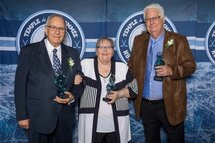 Le Temple de la renommée du hockey mineur québécois ouvre ses portes à trois nouveaux intronisés