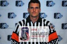Alexandre Garon, arbitre issu du PPOE, officiera le Championnat mondial junior 2018 de l'IIHF à Buffalo, du 26 décembre au 5 janvier 2018.