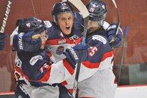 Tristan Lamothe a marqué deux buts, dont celui-ci qui créait l'égalité 2-2 en deuxième, dans la victoire du CF par la marque de 5-2. Photo : Justin Gervais /Le Forum Hockey