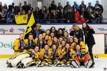Place à la compétition de hockey féminin aux Jeux du Québec