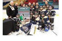 Les Pionniers Atome A, finalistes au Tournoi St-Michel