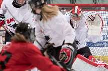 Neuf Québécoises invitées au Festival d'automne de Hockey Canada
