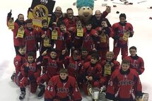 Les aigles de Saint-Jean sur Richelieu de l'Atome AA remportent le tournoi de Brossard
