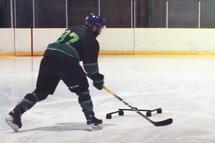 Deux feintes de hockey à pratiquer à la maison