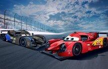 Les bolides #95 & #20 de 'Disney-Pixar' compétitionnent la ligne d'arrivé avec l'équipe de Craft-Bamboo Racing pour les deux premières rondes de la série FRD LMP3.