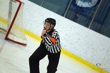 Une table ronde sur le métier d'arbitre de hockey aux francs-tireurs