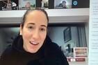 Rencontre avec Mme Caroline Ouellette pour les joueuses de l'Intrépide