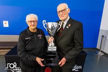 Dévoilement du trophée « Clermont et Jeannine Gingras »