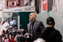 Prolongation de contrat pour l'entraîneur-chef Steve Larouche
