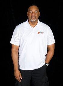 Entraîneur-adjoint - Wayne Yearwood