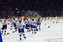 Une victoire pour le hockey féminin