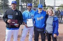 Crédit : Kevin J. Raftery, photographe LBJEQ - sur la photo, de gauche à droite, Danny et Andrew Prata, avec leur père Flavio et l'épouse de Flavio, Ghislaine.