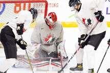 Huit joueurs, deux entraîneurs et trois membres du personnel Québécois invités au camp estival de développement de l'équipe nationale junior du Canada