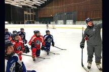 Alyssa Cecere en compagnie des joueuses d'Équipe Québec