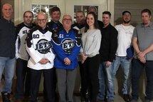 De nouveaux chandails pour 180 jeunes hockeyeurs de Farnham