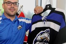 Apres avoir réfléchi, Gianni Cantini a finalement décidé de retourner avec l'Arctic comme entraineur et directeur général.