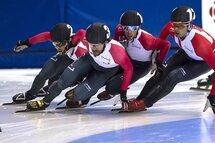 Tous voudront faire leur place lors des Championnats canadiens sur courte piste! — Photo Claude Rochon