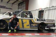 Image de la camionnette RONA Entrepreneurs d'Alex Tagliani Crédit photo : Young's Motorsports