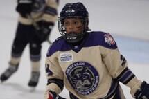 Le travail d'équipe: une leçon de vie apprise au hockey pour Laetitia Duplantie