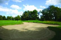 Examen du mois | Club de golf Lachute, parcours Thompson: comme un retour vers le futur!