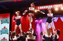 Toute une expérience pour l'équipe de cheerleading à Niagara Falls
