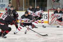 Hockey Canada sélectionne 11 Québécois en vue du Défi mondial de hockey des moins de 17 ans 2018