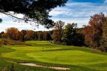 L'automne aura une saveur encore plus particulière pour les golfeurs et golfeuses. (Photo: Pixabay)