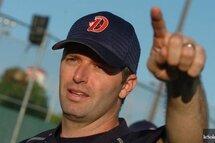 Jean-Philippe Roy avait été l'instructeur des frappeurs des Capitales, en 2007, alors dirigés par Michel Laplante. Il avait disputé cinq matchs avec l'équipe, en 2000, et un autre par mesure d'urgence, en 2007. Il est aussi l'ancien entraîneur-chef des Diamants de Québec. (Photothèque Le Soleil, Jean-Marie Villeneuve)