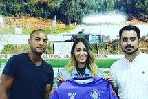 Liz-Amanda Brown signe avec un club pro de division 1 au Portugal