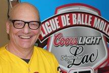 Gervais Gagné devient le nouveau vice-président de la division mixte de la Ligue de balle molle Coors Light/Dépanneur du Lac de Matane!