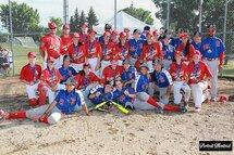 Les médaillées d'or Bantam (Lac St-Louis), accompagnées des médaillées d'argent (Rive-Sud)