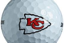Blogue Mario Brisebois | Laurent et les Chiefs ont leur balle de golf avec le logo des champions du Super Bowl... et c'est Ô Canada à la PGA