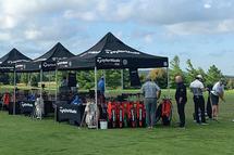 Les golfeurs et golfeuses pourront faire appel aux services d'experts pour ce qui est de l'ajustement sur mesure.