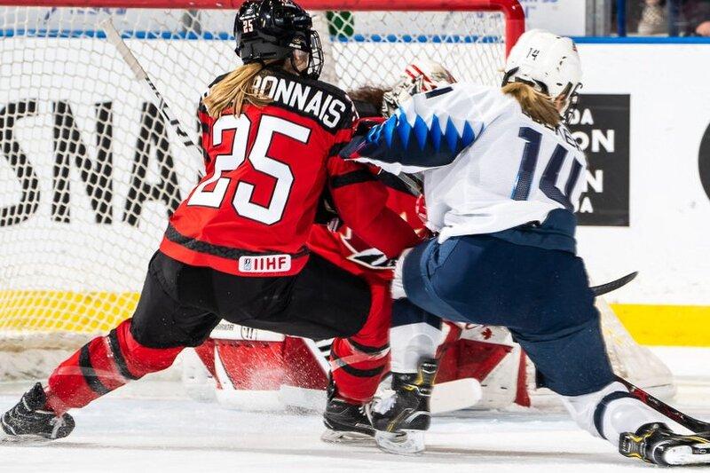 L'équipe nationale féminine du Canada repart avec l'argent