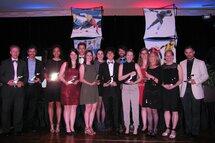 Les récipiendaires des Méritas FPVQ présents, samedi, au Gala, au Sheraton Laval.