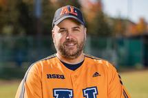 Craig Johnson, entraîneur de baseball pour le Boomerang - Crédit photo - James Hajjar