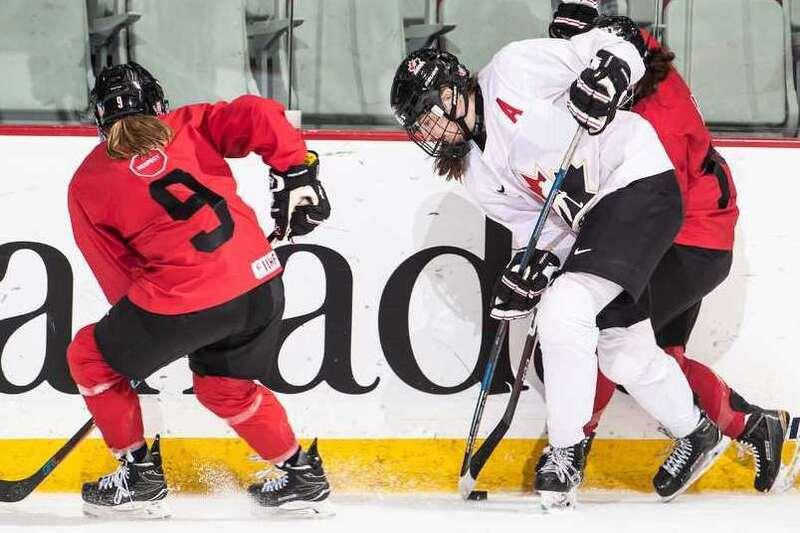 Plusieurs Québécoises invitées à la vitrine estivale de Hockey Canada