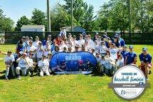 Plus de 450 joueuses rencontrées pendant la tournée du baseball féminin!