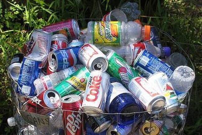 Cueillette de bouteilles et cannettes vides dans le grand Rimouski
