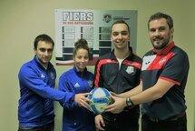De gauche à droite : Charles-Antoine Gauthier (Assignateur), Gabrielle Plamondon (Directrice du club de St-Étienne), Francis Deshaies (Chef Arbitre) et Pierre Vereecke (Directeur Général de Chaudière-Ouest)